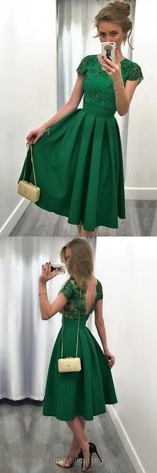 Zielona sukienka na studniówkę TAK czy NIE? Podobne TU ➡️ sukienkinastudniowk...