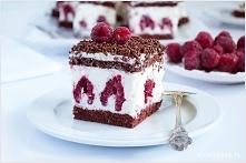 ciasto z malinami mascarpone  źródło; ilovebake.pl