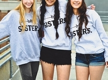 BLUZA BFF SISTERS - bluza dla przyjaciółki. Bluza z nadrukiem BFF SISTERS - bluza z napisami dla przyjaciółek - damska bluza młodzieżowa dla nastolatek z fajnymi napisami. Super...