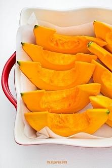 Puree z dyni  Składniki:      nieduża dynia o mocno pomarańczowym, mączystym ...