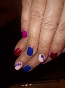 semilac,nails