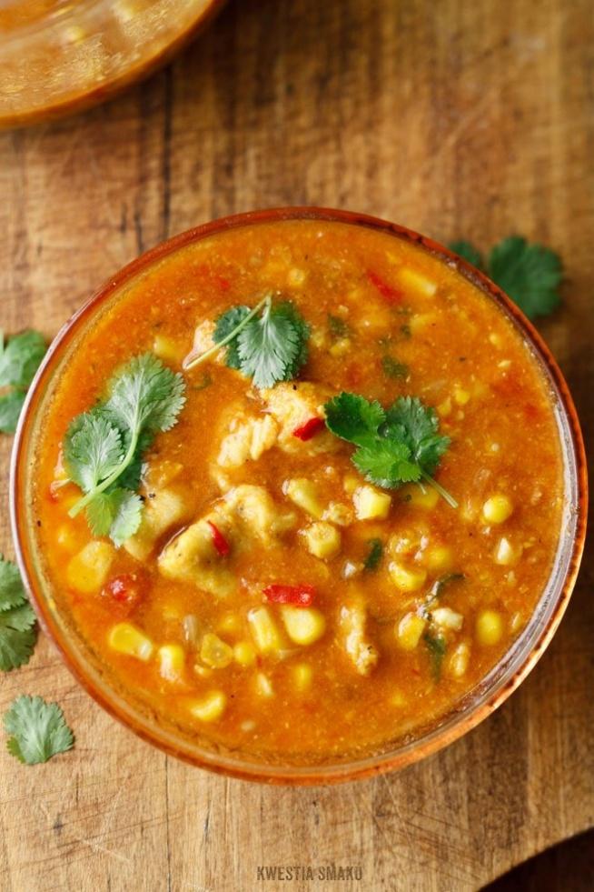 Meksykańska Zupa Z Kurczakiem I Kukurydzą Na Kuchnia
