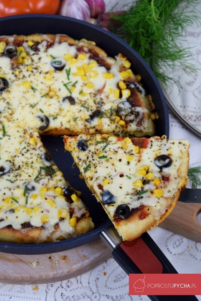 Ekspresowa pizza z patelni