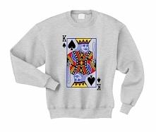 Bluza męska z nadrukiem KING karta - bluza dla NIEGO z nadrukiem karty z talii króla pik. Modna bluza dla chłopaka z nadrukiem KRÓL KARTA z kolekcji BUZY DLA PAR ZAKOCHANYCH. Bl...