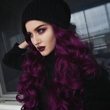 śliczny kolor włosów