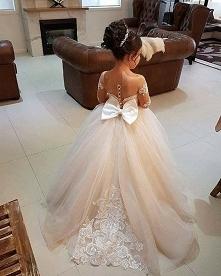 suknia balowa dla malej damy :)