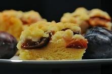NAjlepszy przepis na ciasto drożdżowe. Można je przygotować z wszystkimi owoc...