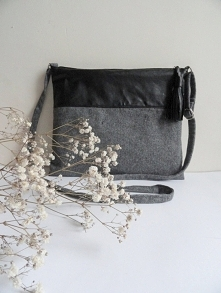 Takiego typu torebkę uszyłam poraz pierwszy. Jak się Wam podoba? :) Jeżeli je...