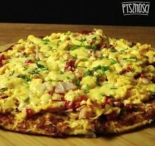 Pizza kalafiorowa z jajecznicą