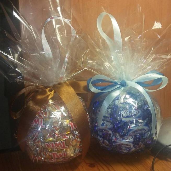Cukierkowa bombka handmade z cukierków do powieszenia na choinkę jako prezent i do zjedzenia. 1 sztuka 50zł