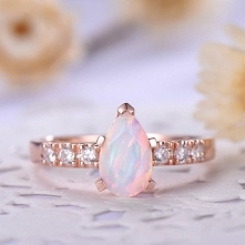 opal engagement ring rose g...