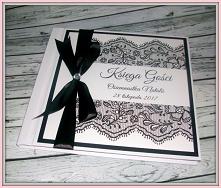Czarno-biała tradycyjna ksi...
