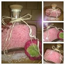 truskawkowa sól do kąpieli^^