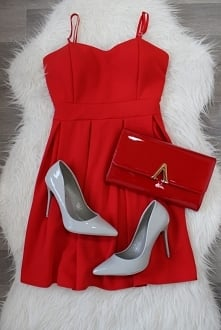 Stylizacja na Andrzejki:) Little red dress 55,- Szpilki 119,- Lakierowana kop...