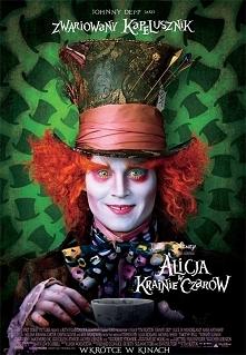 Alicja w krainie czarów reżyserowana przez Tima Burtona to arcydzieło:) jest kolorowo, śmiesznie, czarodziejsko. Pierwsza część bardziej mi się podobała, ale druga nie jest zła....