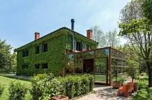 Dom z rdzy