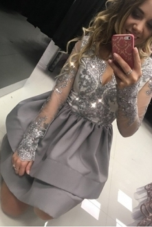 Cudowna sukienka idealna na sylwestra, studniówkę. Dostępna w wielu kolorach ...