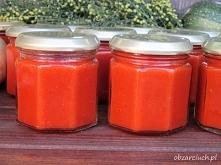 ketchup z pomidorów i cukinii