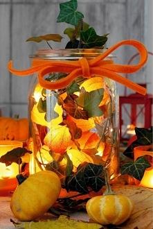 Jesienna ozdoba z Miechunki i bluszczu
