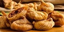 Wymieszaj suszone figi z oliwą z oliwek i obserwuj co się dzieje z poziomem cholesterolu i problemami żołądkowymi