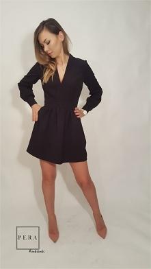 NOWA KOLEKCJA ! Modna obecnie sukienka z dekoltem. HIT na sylwestra. Zapraszamy na nasze aukcje, link w komentarzu:)
