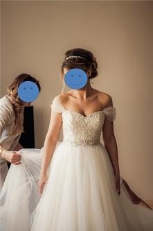 Sprzedam suknię ślubną Justin Alexander. Link do ogłoszenia w komentarzu ;)
