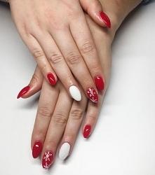 White Collar i Raspberry Red z płatkami śniegu :)
