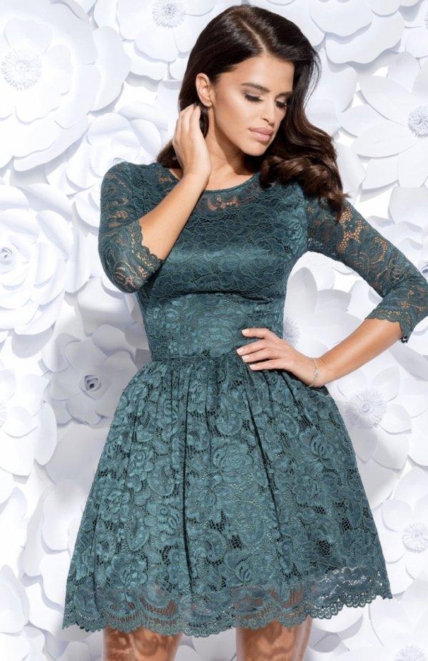 Bicotone 2128-13 sukienka zielona Zjawiskowa sukienka, dół pięknie rozkloszowany, rękaw 3/4, sukienka posiada podszewkę