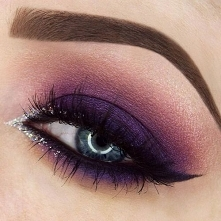 Idealny makijaż sylwestrowy...