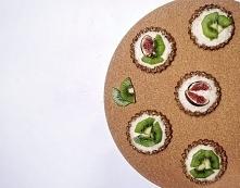 Pyszne babeczki z nerkowcami i kokosem. Bez pieczenia, zdrowe, wegańskie