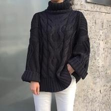 Cudny sweterek <33