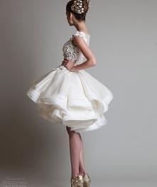 Cześć dziewczyny!:) szukam sukienki na ślub cywilny , macie może jakieś pomysły, strony? gdzie znajdę piękne sukienki w dobrych cenach ? Liczę na waszą pomoc :*!