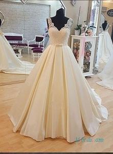 Artykuł: H1002 Prosta koronkowa sukienka z niskim dekoltem w stylu księżniczki suknia ślubna