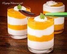Pomarańczowo-biały deser