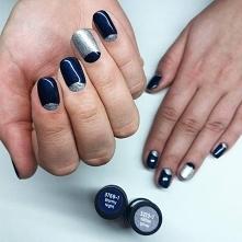 Manicure w chłodnych odcieniach: Stormy Night i Glitter Silver.