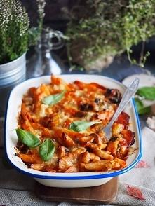 Zapiekanka makaronowa z kurczakiem i grzybami / Chicken and mushroom pasta bake