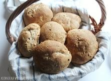 Bułki pełnoziarniste na śniadanie - bardzo proste! Przepis na blogu :)