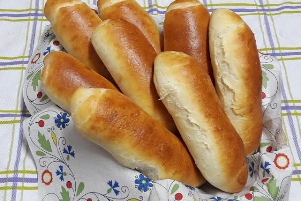 Bułki, domowe hot-dogi