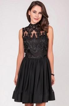 Milu by Milena Płatek MP487 sukienka Efektowna sukienka, góra sukienki przepięknie ozdobiona koronką, dekolt pod szyję