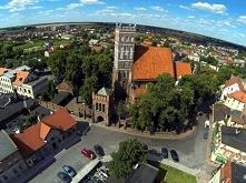 Środa Wielkopolska to niewielkie miasteczko koło Poznania. W walce o turystów zdecydowanie przegrywa z pobliskim Kórnikiem i Rogalinem. Czy warto zajrzeć do Środy? Obejrzyj fotk...