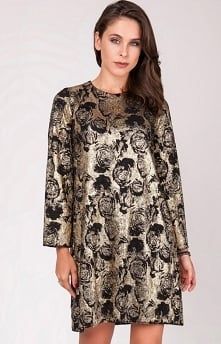 Milu by Milena Płatek MP502 sukienka Efektowna złota sukienka, prosty i luźniejszy fason będzie świetnie wyglądać na każdej sylwetce, długie rękawy