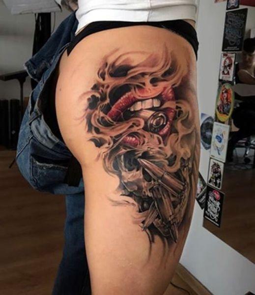 Tatuaże Na Udzie Usta I Kule Na Tatuaże Zszywkapl