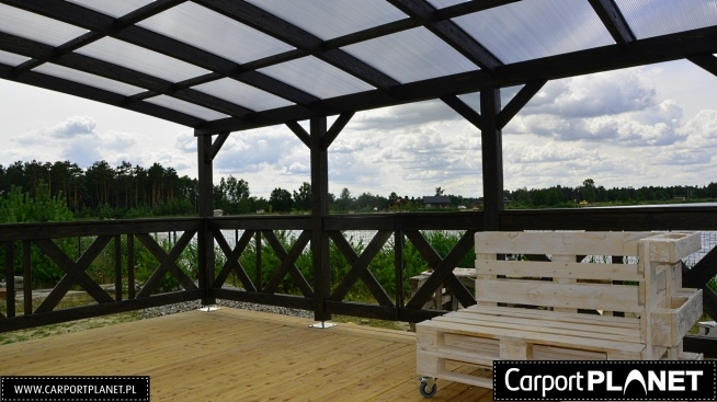 Zadaszenie tarasu projekt P3 konstrukcja z drewna klejonego pokrycie dachu z poliwęglanu komorowego