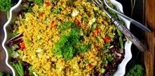 Sałatka z kaszą bulgur i świeżymi warzywami