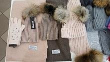 szaliki , czapki, torebki 515-340-660