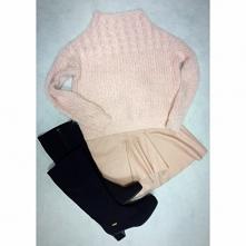 Różowy look od Olivvvvvvia z 24 stycznia - najlepsze stylizacje i ciuszki