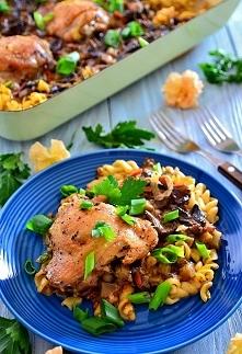 Zapiekanka makaronowa z kurczakiem i grzybami