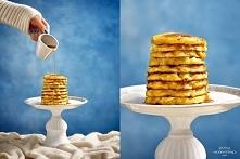 Soczyste placki na serku wiejskim z jabłkiem :) Grube, mięciutkie i soczyste! 12 placków: * serek wiejski- 200 g * jabłko- 1 większe * mąka orkiszowa- 2/3 szklanki * jajka- 2 du...