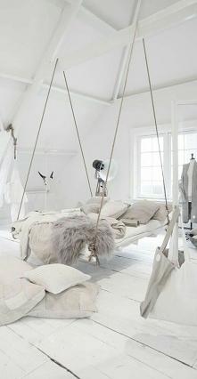 wiszące łóżko *-*
