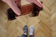 Czy fotografia analogowa może być zero waste? Podpowiedzi jak recyklingować fotośmieci.